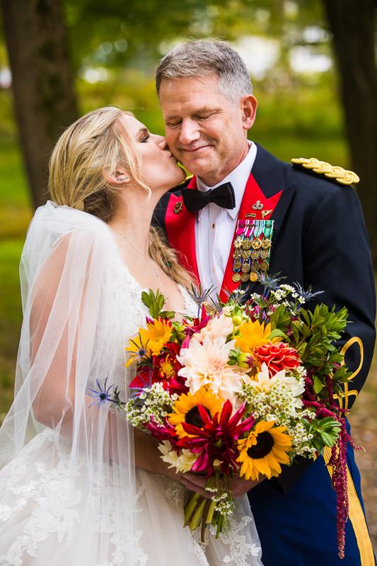 army dad wedding photo ideas