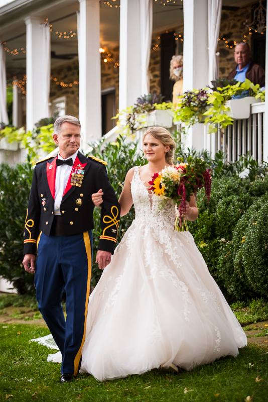 army father daughter wedding