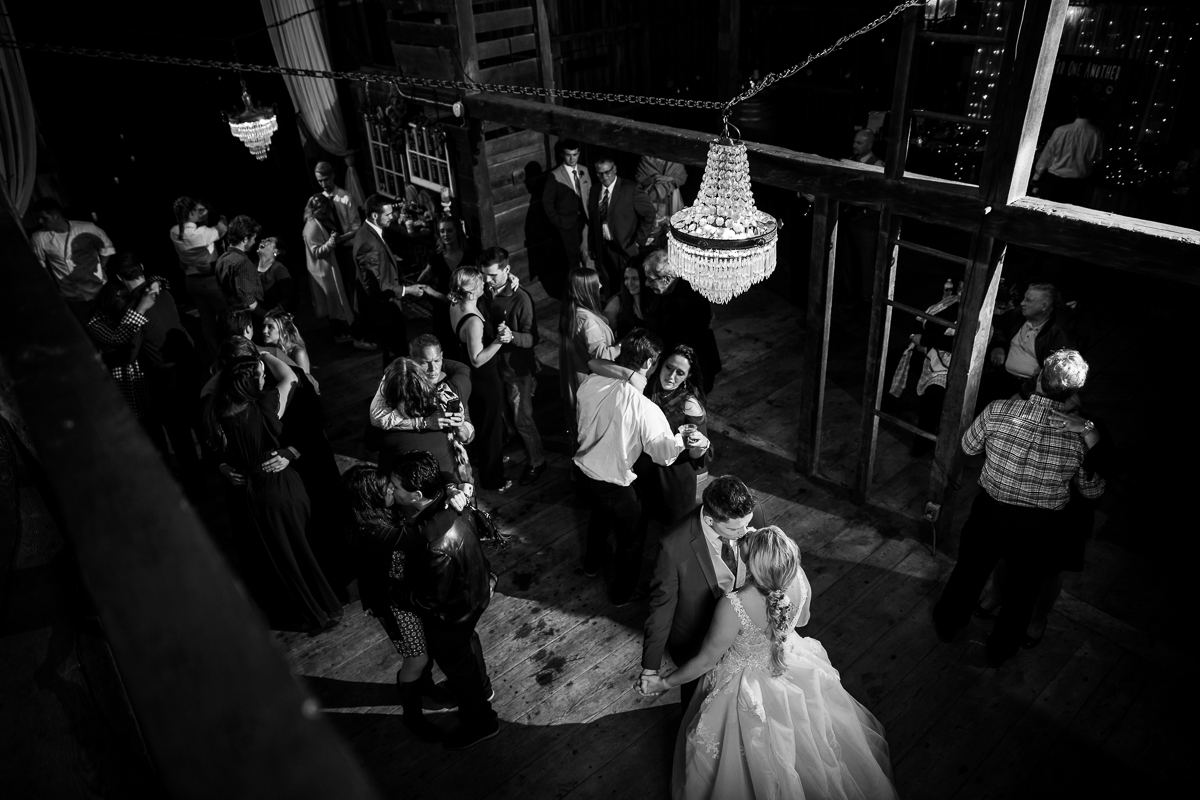 creative moments wedding photography black and white image from the barn loft