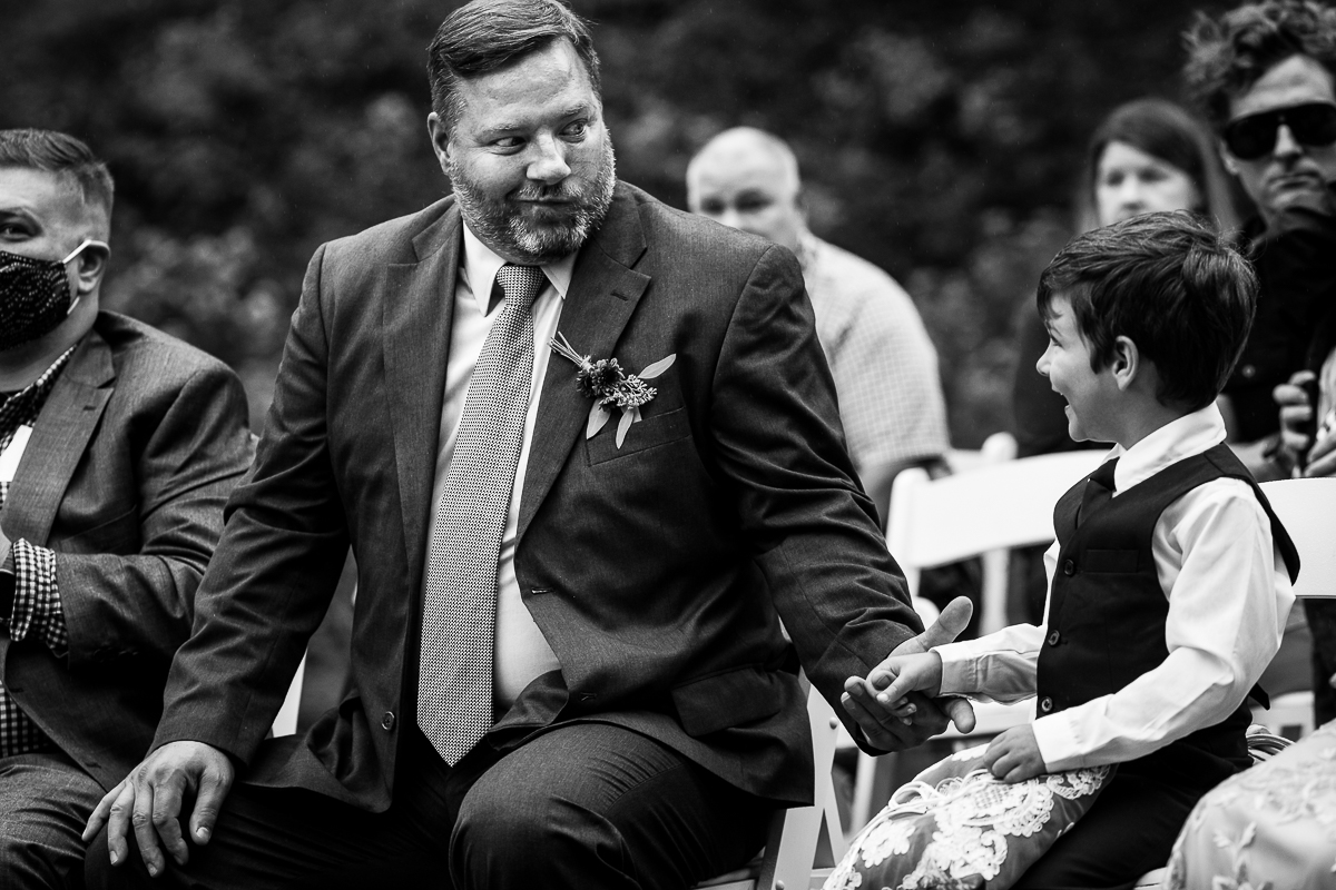 wedding photojournalist captures a moment during the Gettysburg lodges wedding
