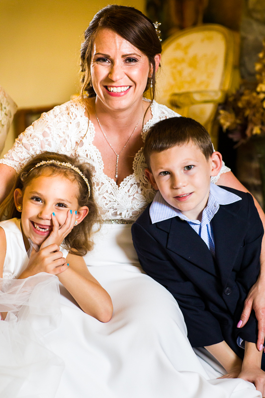 women-children-wedding-smiling