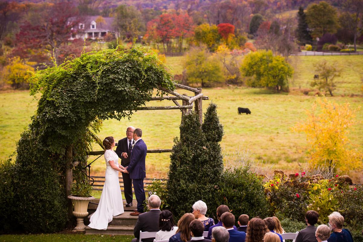 silverbrook-farm-wedding-ceremony-arbor