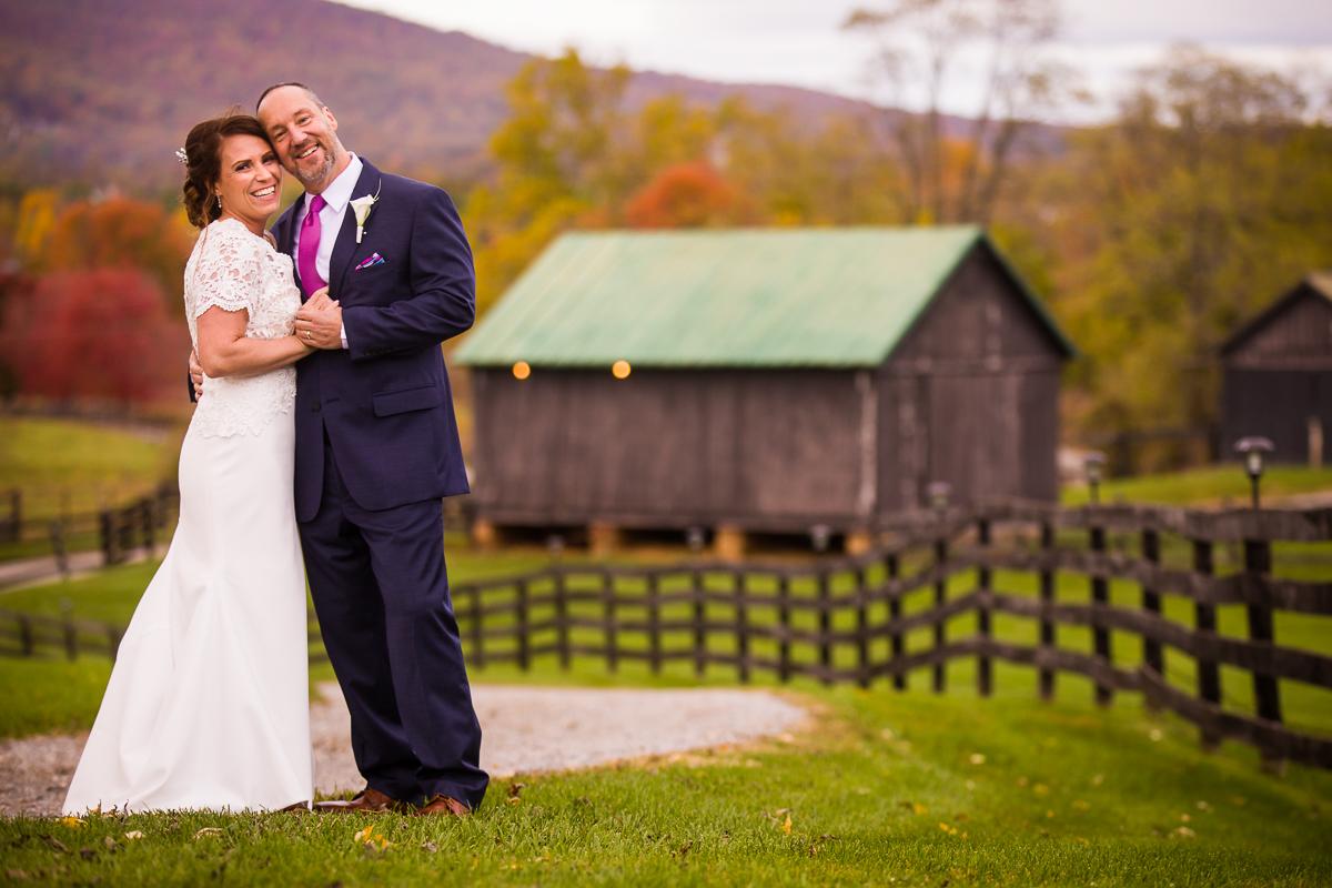 silverbrook-farm-wedding-barn-couple