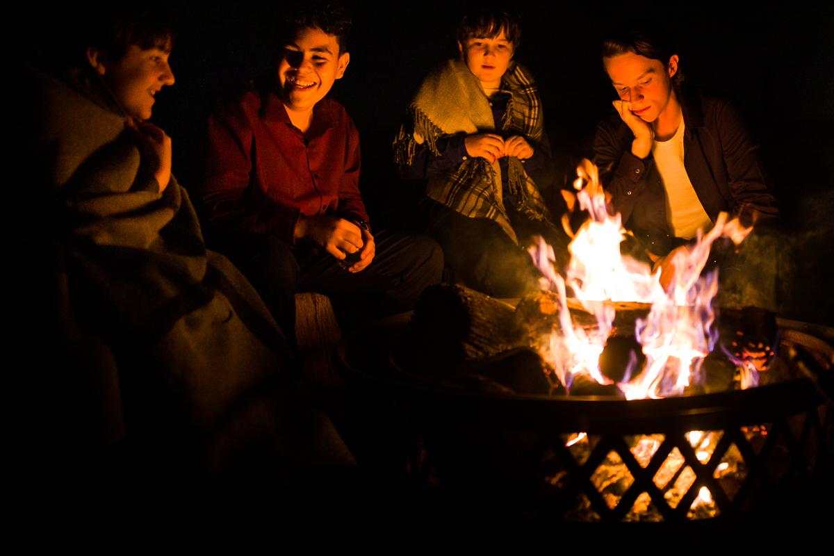 silverbrook-farm-wedding-bonfire-children