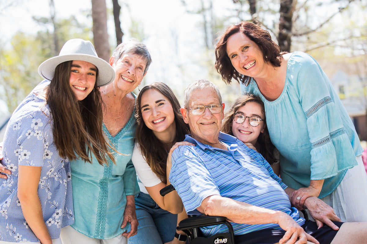 family vacation photographer captures intergenerational family photos in a fun beautiful authentic way